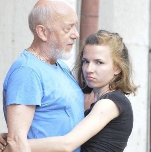 Стоян Алексиев най-сетне с признание как живее с две жени едновременно-Какво мисли съпругата му