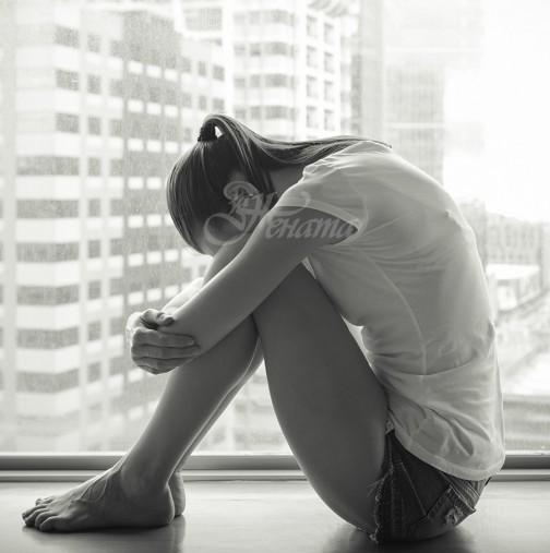 Онлайн преглед при гинеколог завърши зле за млада жена