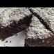 Мокър тройно шоколадов сладкиш без яйца - влудяващо вкусен и сочен (Видео):