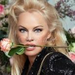 Памела Андерсън на 52 години показа бляскав сексапил в провокативна фотосесия (СНИМКИ)