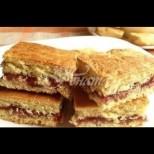 Супер лесен сладкиш с мармалад - бъркаш, печеш, мажеш и пак печеш! Няма и 30 минути, и вече е на масата: