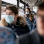 Глобиха жена в градския транспорт с 300 лв. заради пътуване без маска, а заплатата ѝ е малко по-висока от глобата