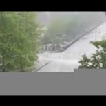 Ледени късове и порои помляха два български града-видео