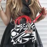 Модни тенденции в чантите през 2020г. (Галерия)