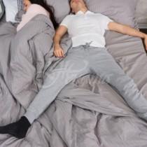 Ако партньорът ви спи по този начин, значи е контролиращ и властен