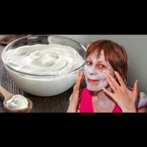 Маска с кисело мляко, която ще замени ходенето ви до козметик и правенето на скъпи козметични процедури