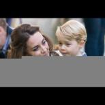 Принц Джордж стана на 7 - ето как Кейт Мидълтън отбеляза големия ден (Снимки):