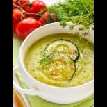 Диетична лятна супичка с тиквички - с нея хем хапвам сладко, хем влизам в стария бански: