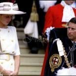 Тайните на принцеса Даяна-Опитът за самоубийство, докато е била бременна, булимията и подигравките на Чарлз