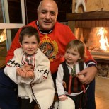 Докато всички искат оставката му, Бойко Борисов вдигна купон за рождения ден на внук си. Вижте порасналия Иван (Снимки):