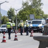 Още една страна в Европа слага ограничения за българи