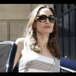 Учебник по стил - лятната визия на Анджелина Джоли плени дори най-заклетите ѝ врагове. Вижте я само (Снимки):