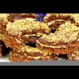 Домашни орехови полумесеци с нежен шоколадов крем - размазващо вкусни, а как ухаят само!