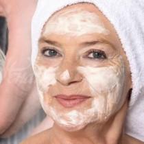 Тази маска с ябълков оцет и сода ме избави от старческите петна и направи кожата ми като кадифе