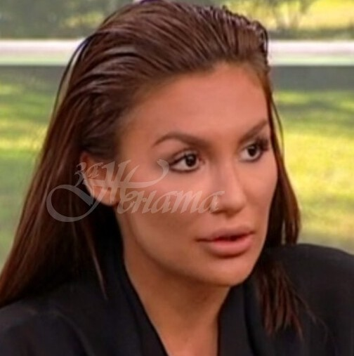 Ето в какъв лукс почива Моника Валериева и плаща по 1500лв на вечер (снимки)