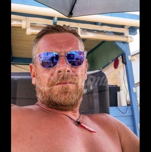 Юлиан Вергов удари кьоравото - нощува за 6 лв в най-тузарския морски курорт с всички екстри (Снимки):