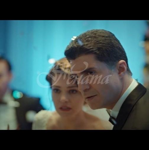 Утре в Завинаги-Ипек идва по покана на Окан във фирмата, Адем споделя с психоложката за развода