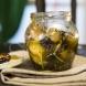 Киснете маслинките в тази марина за 1 нощ и не може да спреш да ги ядеш