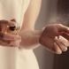 Къде да се пръскаме, за да ни мирише най- силно и дълго парфюма