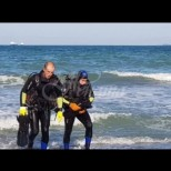 Повече от половин час спасителите търсиха 15-годишното момче в морето, а ето какво се случи!