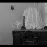 Защо трябва да покривате огледала в къщата, когато човек умре