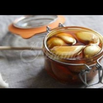 Вижте какво се случва, когато ядете чесън и мед на празен стомах за 7 дни!