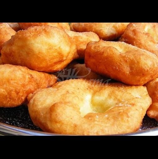 Македонски мекици - оближи пръсти! Отвън хрупкат, отвътре са меки като пух - само с 1 яйце стават за цяла дружина: