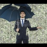 Най-богатият българин постави на колене големи копорации-Малко над 30-годишен е и сам е спечелил богатство ума си-Снимки