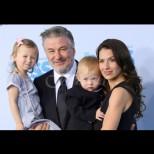 Алек Болдуин стана баща за 6-ти път на 62 - честито! Ето и малкия му наследник (Снимки):