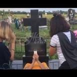 Какви неприятности може да има човек, когато снима гробовете на близки на гробището