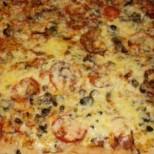 Мързелива пица за гладници, 10 минутки и е готова