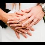 Сватбеният пръстен носи най-мощната енергия-Ето как да ви донесе късмет