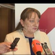 Вдигат пенсиите! Ето какво съобщи министърът на труда и социалната политика Деница Сачева!