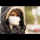 Ако имате тези 2 симптома, спокойно! Пипнали сте обикновена настинка, а не COVID-19!