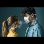 Това ви очаква, ако се заразите от COVID-19 през маската: