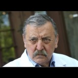 Проф.Кантарджиев: Това е най-силното ни оръжие срещу COVID-19! Ето как да го убием за 2 минути: