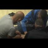 """Във """"Фермата"""" закипя от хормони - трима мъжаги обслужиха голата Мария (Снимки):"""