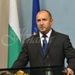 Президентът Румен Радев под карантина!