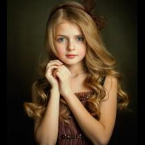5 имена за момичета, които им осигуряват невидима защита за цял живот!