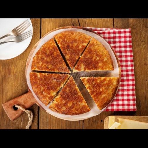 Половин килце картофки, бучка сирене и става пир по италиански! Коричката хрупка, а вътре плънката се топи от нежност - мамма миа!