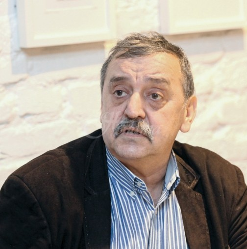 Проф. Кантарджиев каза как се убива коронавирус за минути