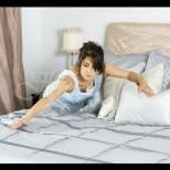 Защо не трябва да оправяте леглото си веднага след събуждане?