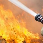 Майка и син изгоряха при пожар в дома си