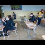 МОН-Вторият срок за учениците ще започне по различно време за различните класове