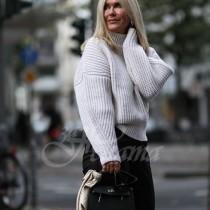 Плетивата тази зима, които подлудиха жените над 40 и ги накараха да обикнат този студен и мрачен сезон (снимки)