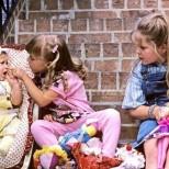 Всички, които имат по-малка сестра или брат са застрашени от нещо неприятно и опасно