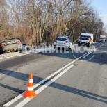 Един загинал след челен удар край Велико Търново-снимки