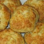 Добруджански сиренки - закуска-мечта за сити дечица и доволен мъж! А колко са лесни - бъркаш и си свиркаш: