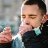 Ако сте пушач и се сблъскате с COVID-19, ето какво ви чака: