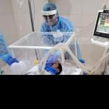 Новият щам на коронавируса удря най-вече по-младите хора!
